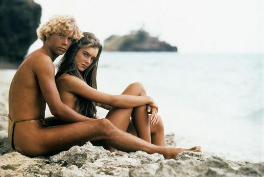 Brooke s Christopherem Atkinsem v Modré laguně