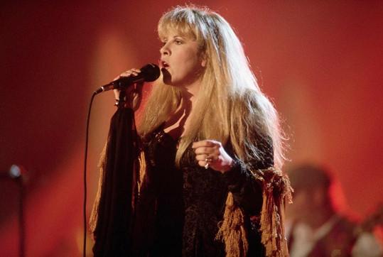 Stevie Nicks si vždy potrpěla na romantické kostýmy.