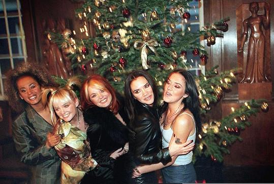 Kapela Spice Girls: zleva Mel B, Emma Bunton, Geri Horner, Victoria Beckham and Mel C