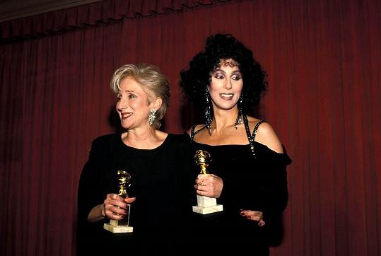 S Cher získaly Oscary i Zlaté glóby za role ve snímku Pod vlivem úplňku.