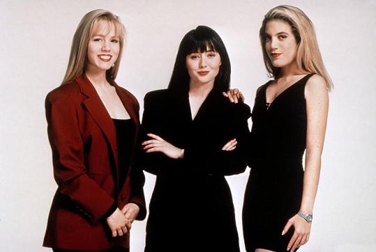 Jennie, Shannon a Tori jako Kelly, Brenda a Donna v seriálu Beverly Hills 90210