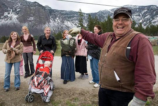 Winston Blackmore s dcerami a vnoučaty, archivní snímek z roku 2008.