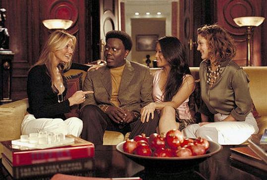V pokračování Charlieho andílci: Na plný pecky byl Murray v roli Bosleyho nahrazen Berniem Macem.