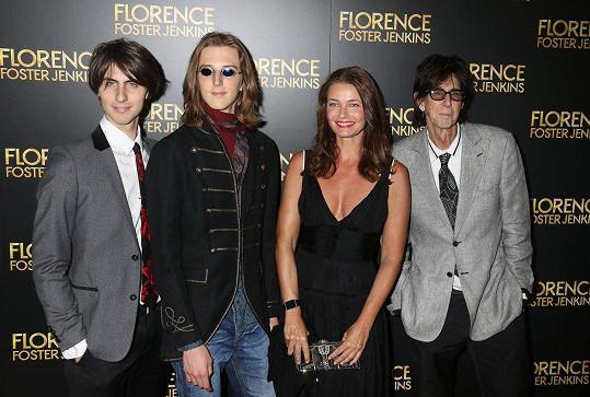 Pořízková s manželem Ricem a syny Oliverem a Jonathanem