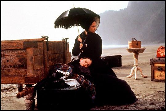 Proslavil ji film Piano (1993)