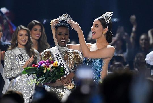Novou Miss Universe se stala Zozibini Tunzi z Jihoafrické republiky.