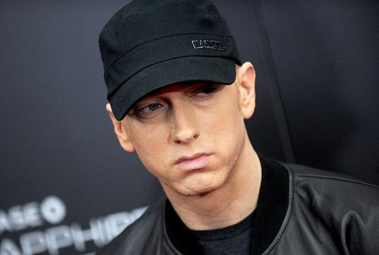 Eminem se s otcem nikdy nepotkal.