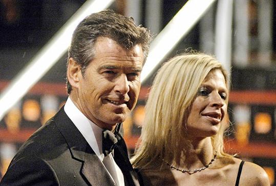 Pierce Brosnan s dcerou Charlotte, která podlehla rakovině.