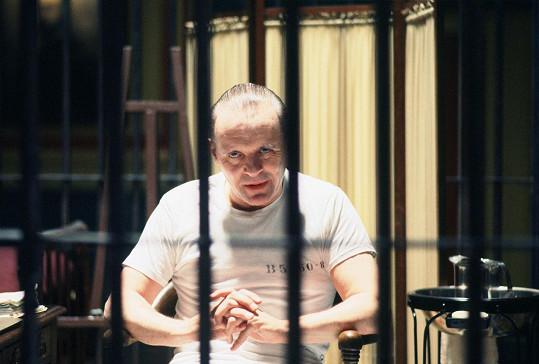 V nezapomenutelné roli ve filmu Mlčení jehňátek, kde hrál děsivého doktora Hannibala Lectera.