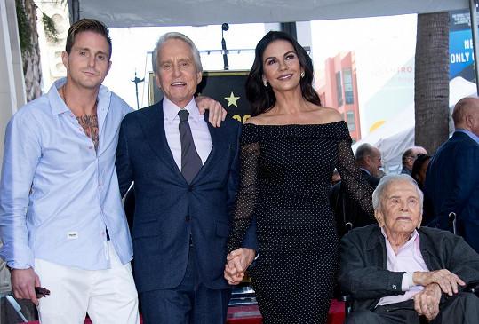Se synem Michaelem, jeho ženou Catherine a vnukem Cameronem