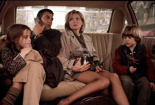 S Georgem Clooneym a Michelle Pfeiffer ve filmu Báječný den.