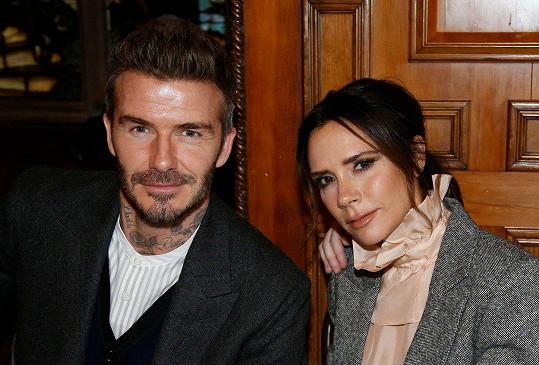 David a Victoria vyrazili na přehlídku pánské módy.