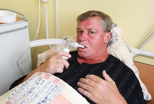 Laďa Kerndl zvládl řadu zdravotních komplikací. Jeho blízcí věří, že bude opět brzy fit.