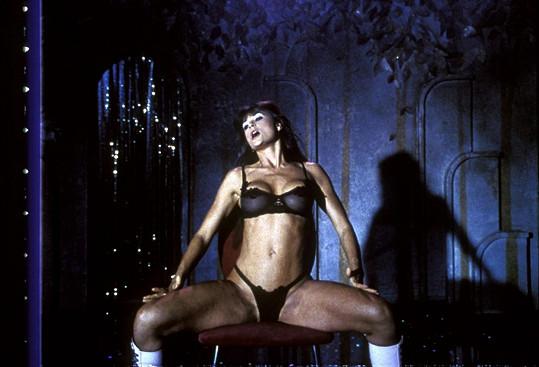 Demi Moore ve Striptýzu (1996)