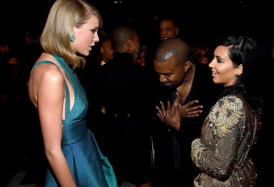 Správně, Kanye a Kim, Tylor si zaslouží vaše uznání...