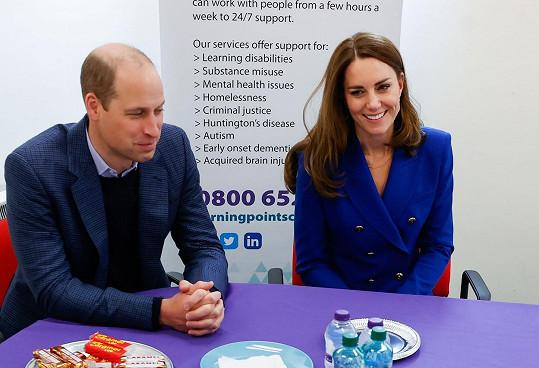 Kate oblékla sako za necelé dva tisíce, které bude nejspíš brzy vyprodané.