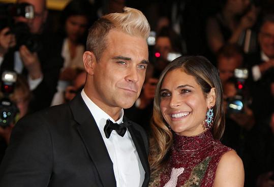 Robbie Williams s manželkou Aydou, která mu svou neurotickou povahou zachránila život.