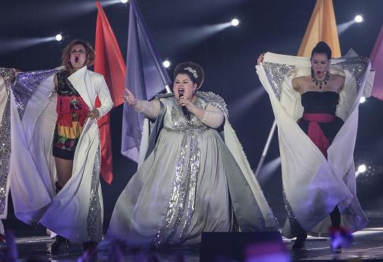 Bojana Stamenov soutěží s písní Beauty Never Lies.
