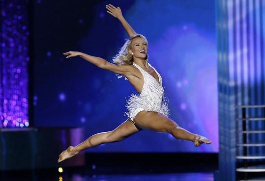 Savvy Shields bodovala tancem.