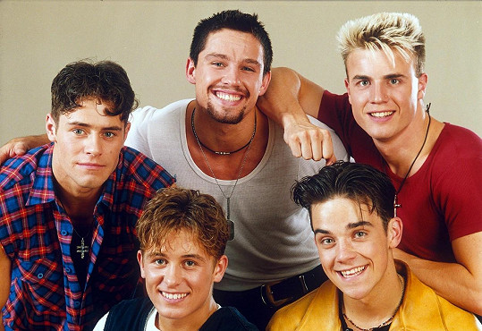 Skupina Take That, která rozjela Robbieho kariéru.