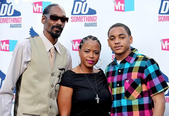 Snoop Dogg s manželkou Shante a synem Cordém, který je novopečeným tátou.