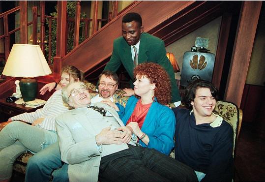 V seriálu Nováci hrála v devadesátých letech.