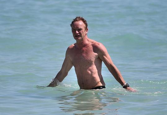 Sting si šel zaplavat.