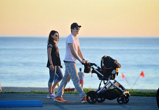 Herecký pár se v říjnu dočkal dcerky Wyatt.