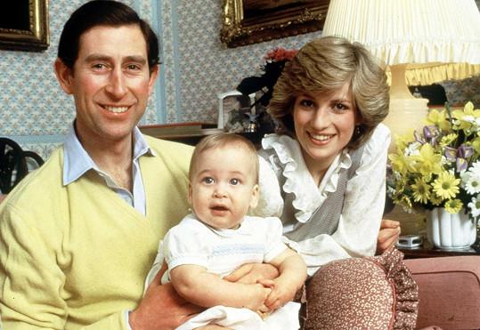 William jako dítě s rodiči Charlesem a Dianou