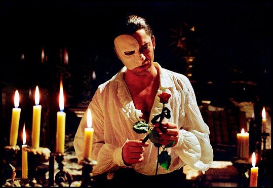 Gerad Butler jako fantom opery
