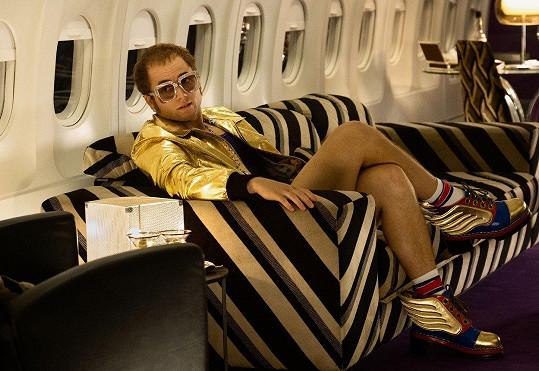 Egerton jako Elton John ve filmu Rocketman
