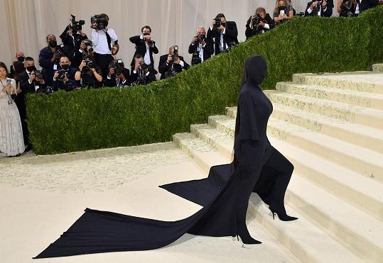 Kim Kardashian na letošní akci Met Gala