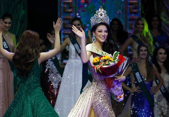 Nguyen Phuong Khanh se stala Miss Earth 2018.