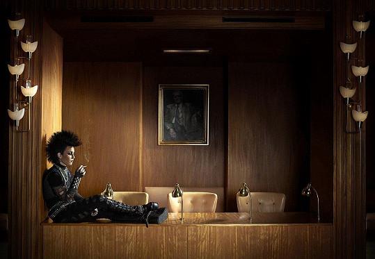 Noomi Rapace ve filmu Dívka, která kopla do vosího hnízda (2009).
