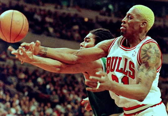 Patří k nejvýraznějším basketbalovým hvězdám. Spolu s Michaelem Jordanem a Scottiem Pippenem v 90. letech tvořili tzv. Magické trio.