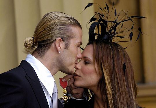 Vzájemnou lásku si vždycky uměli dát najevo ať už fyzicky, nebo v komentářích na sociálních sítích.