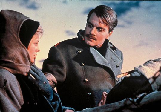 Omar Sharif a Julie Christie v legendárním filmu Doktor Živago (1965)
