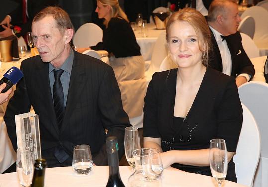 V jejím doprovodu dorazil na Ceny české filmové kritiky.