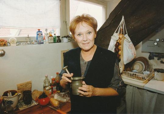 Zdena Hadrbolcová je stále vitální herečkou.