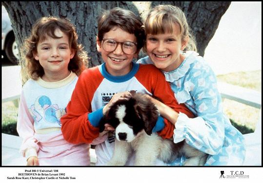 Nicholle Tom (vpravo) s filmovými sourozenci Christopherem Castilem a Sarah Rose Karr. U herectví zůstala jen Tom.