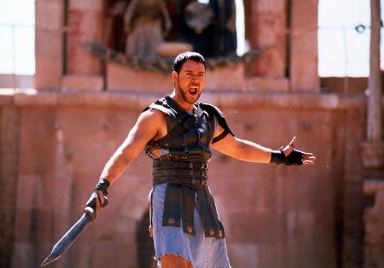 Crowe prošel kvůli rolím řadou změn vizáže, v Gladiátorovi musel být ve formě.