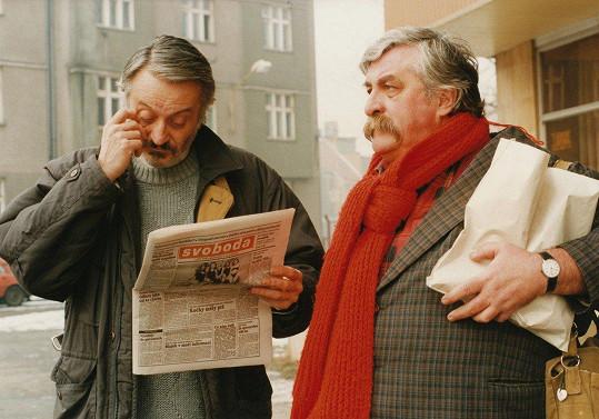 Július Satinský na archivním snímku s Milanem Lasicou