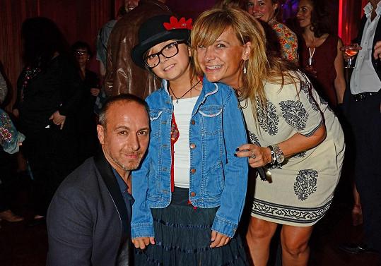 Erdoğan Atalay s exmanželkou Astrid Ann Marií Pollmann a dcerou Amirou na snímku z roku 2014
