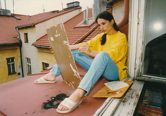 Vedle hraní se odjakživa věnovala také malování.