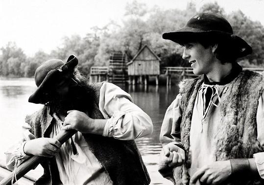 Diváci Kronera (vpravo) znají mj. jako dřevorubce Ondru z pohádky Nebojsa.