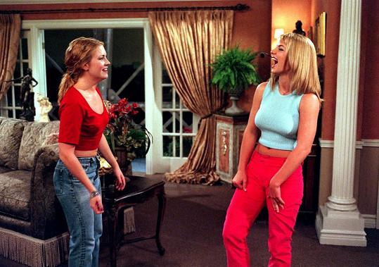 V seriálu se objevila i Britney Spears, se kterou se Melissa chvíli po natáčení i přátelila a vyrazily spolu do klubu. Herečka se pak objevila i v klipu Britney k písni Crazy.