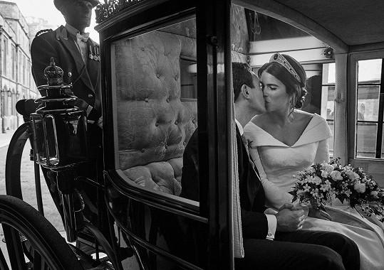 Další královskou svatbou bylo spojení princezny Eugenie a Jacka Brooksbanka.