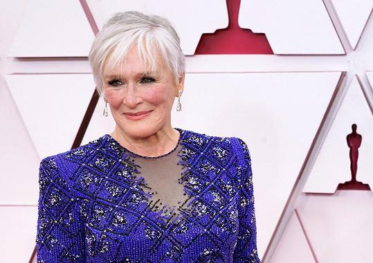 Glenn Close zabodovala na udílení Oscarů svým tanečkem.