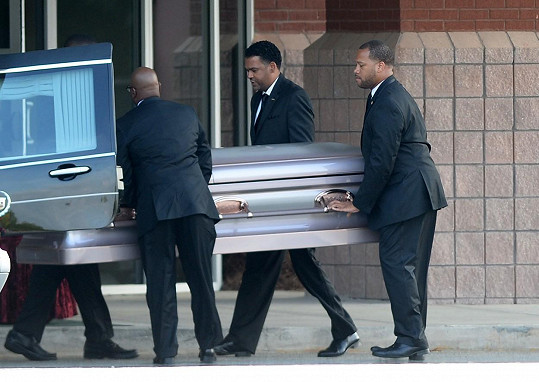 Rakev s ostatky dcery Whitney Houston
