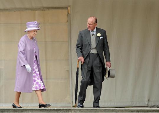 V listopadu by oslavili 74 let od svatby.